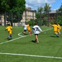 ...мяч в штрафной... удар...Детская футбольная команда «ОЛАКС».