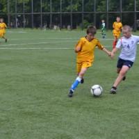 На параллельных курсах.Детская футбольная команда «ОЛАКС».