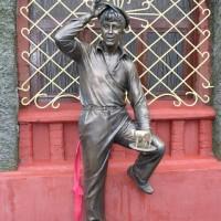 Скульптурная композиция «Шура Балаганов», г.Бобруйск.