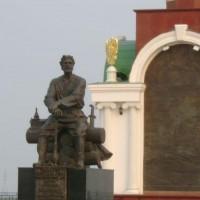 Памятник основателю города Якутска