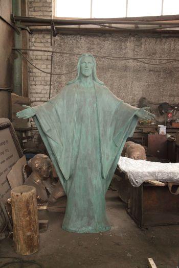 Художественное литье из бронзы - фигура «Спаситель». Автор - Е.А. Безбородова.